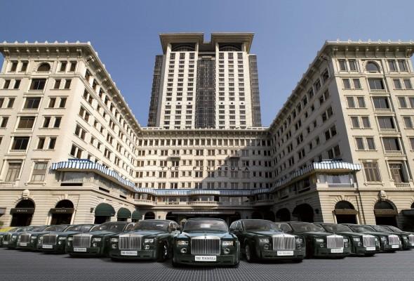THE UNSURPASSED LEGEND 記憶中的風尚半島酒店