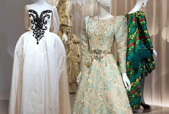 From Haute Couture To Museum 時裝大師Yves Saint Laurent的追溯之旅